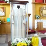 Relikwie JP II w kościele w Szydłowie